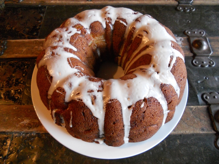 Apple Cinnamon Bundt cake from this recipe. Very delicious!